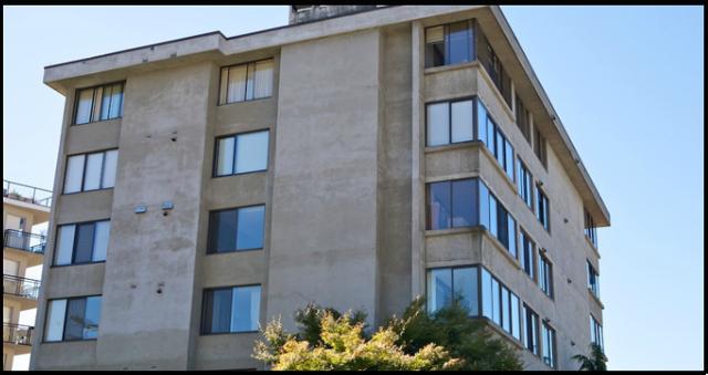 Tiffany Court   --   460 14TH ST - West Vancouver/Altamont #8