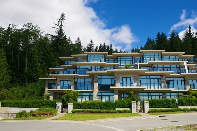 Properties   --   2225 - 2285 TWIN CREEL PL - West Vancouver/Whitby Estates #4