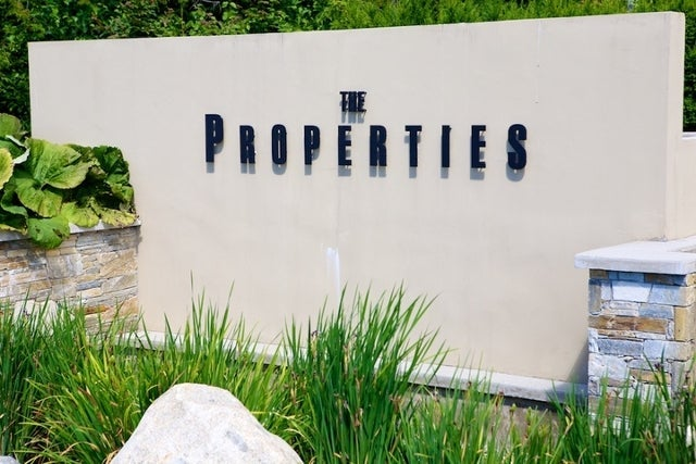 Properties   --   2225 - 2285 TWIN CREEL PL - West Vancouver/Whitby Estates #5