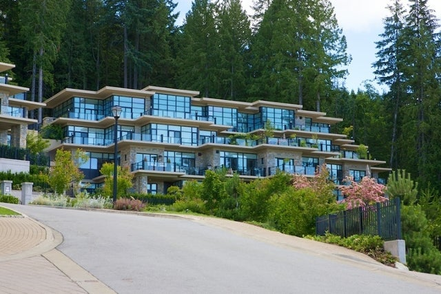 Properties   --   2225 - 2285 TWIN CREEL PL - West Vancouver/Whitby Estates #12