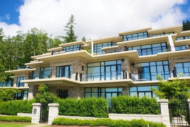 Properties   --   2225 - 2285 TWIN CREEL PL - West Vancouver/Whitby Estates #25