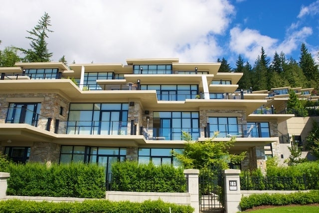 Properties   --   2225 - 2285 TWIN CREEL PL - West Vancouver/Whitby Estates #26