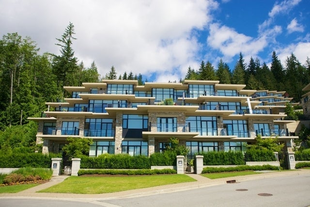 Properties   --   2225 - 2285 TWIN CREEL PL - West Vancouver/Whitby Estates #28