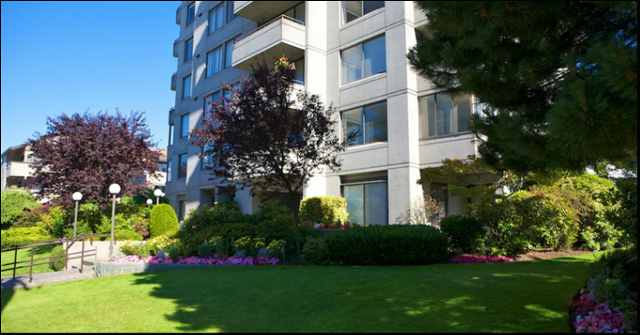 Clyde Gardens   --   1341 CLYDE AV - West Vancouver/Altamont #3