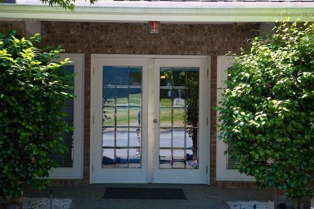 Lincoln Gardens   --   2110 - 2150 MARINE DR - West Vancouver/Dundarave #12