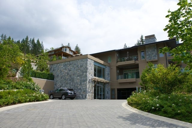 The Aerie   --   2535 GARDEN CT - West Vancouver/Whitby Estates #4