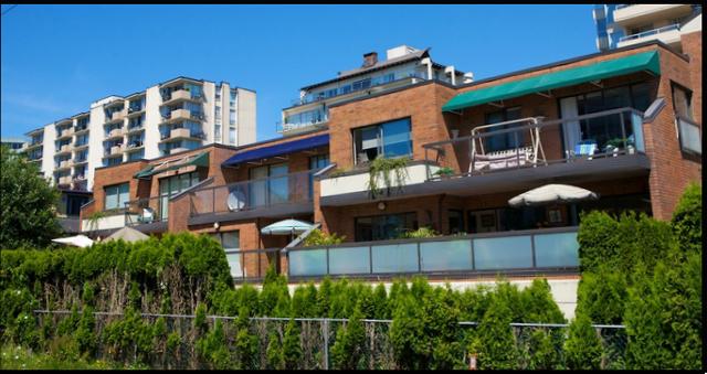 Bellevue Triplex   --   1810 - 1830 BELLEVUE AV - West Vancouver/Ambleside #3