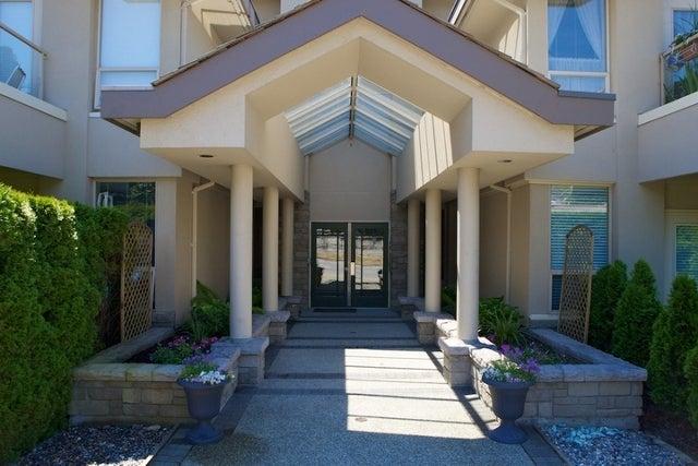 Stratford Court   --   2202 MARINE DR - West Vancouver/Dundarave #8
