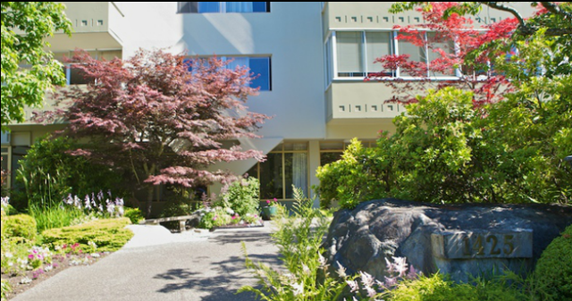 Oceanbrook Apartments   --   1425 ESQUIMALT AV - West Vancouver/Ambleside #9