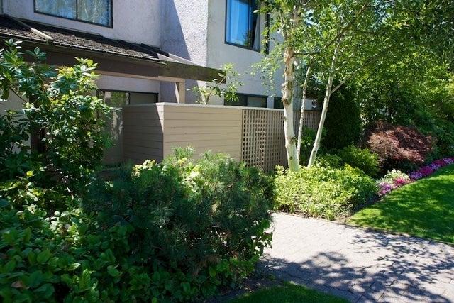 n/a   --   2050 - 2090 MARINE DR - West Vancouver/Ambleside #9