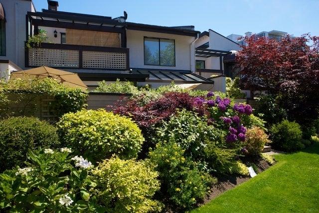 n/a   --   2050 - 2090 MARINE DR - West Vancouver/Ambleside #21