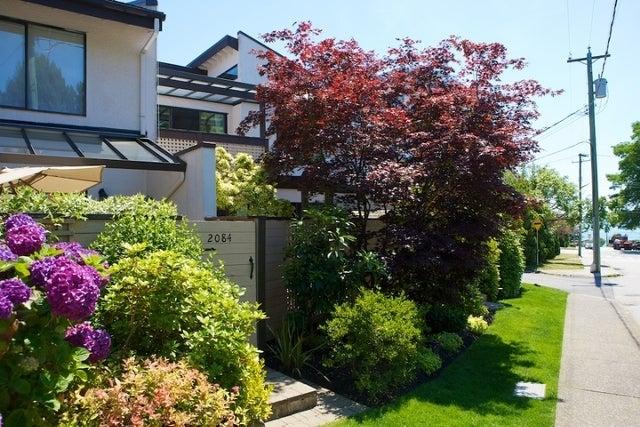 n/a   --   2050 - 2090 MARINE DR - West Vancouver/Ambleside #23