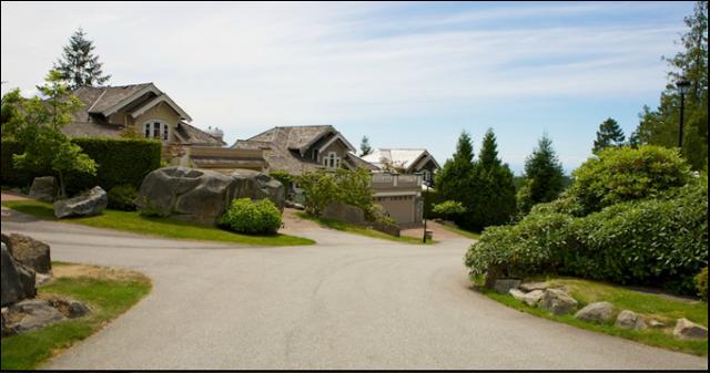 Rockcliffe   --   4916 - 4998 EDENDALE CT - West Vancouver/Caulfeild #2