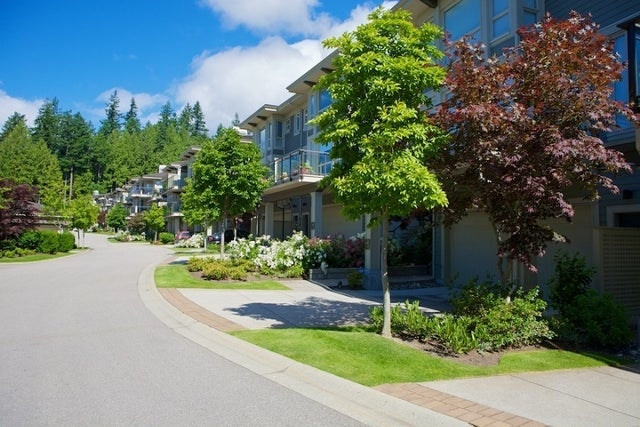 Klahaya   --   2403 - 2494 SHADBOLT LN - West Vancouver/Panorama Village #5