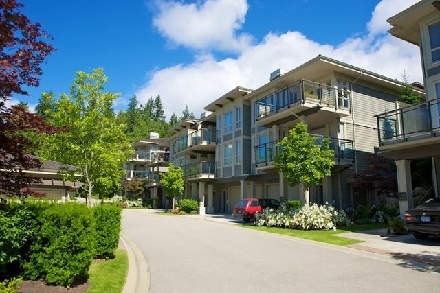 Klahaya   --   2403 - 2494 SHADBOLT LN - West Vancouver/Panorama Village #6