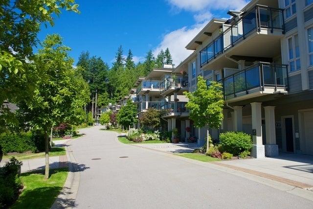 Klahaya   --   2403 - 2494 SHADBOLT LN - West Vancouver/Panorama Village #10