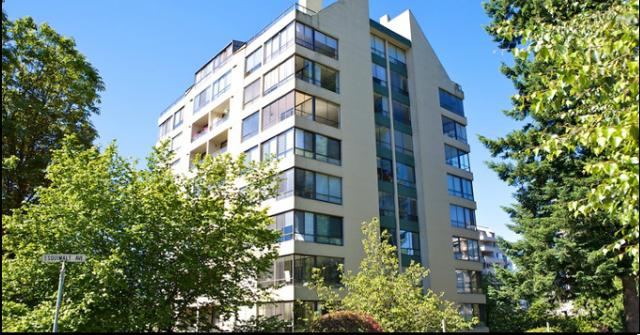 Hemingway Place   --   1412 ESQUIMALT AV - West Vancouver/Ambleside #3