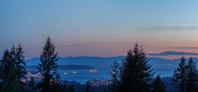 10 Plums   --   Monteray Avenue - North Vancouver/Upper Delbrook #1