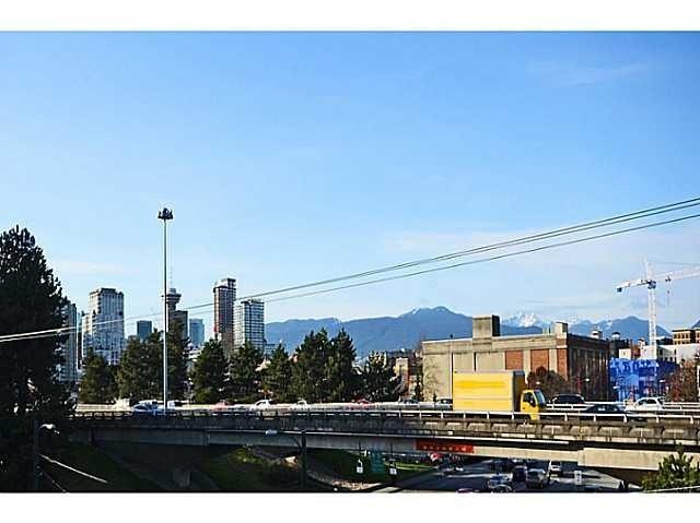 Left Bank   --   919 STATION ST - Vancouver East/Mount Pleasant VE #7