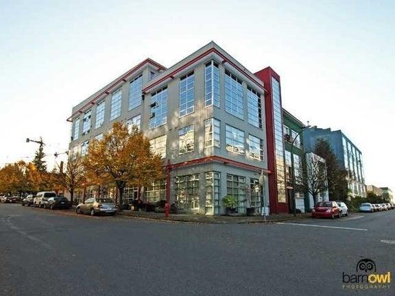 Mecca   --   272 E 4 AV - Vancouver East/Mount Pleasant VE #1