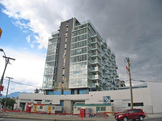 Stella Building Exterior