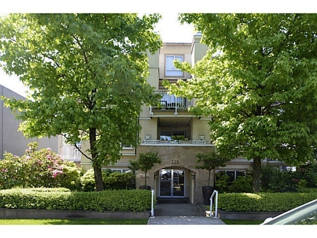 Deva   --   228 East 14th Avenue - Vancouver East/Mount Pleasant VE #1