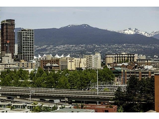 Central   --   1618 Quebec Street - Vancouver East/Mount Pleasant VE #3
