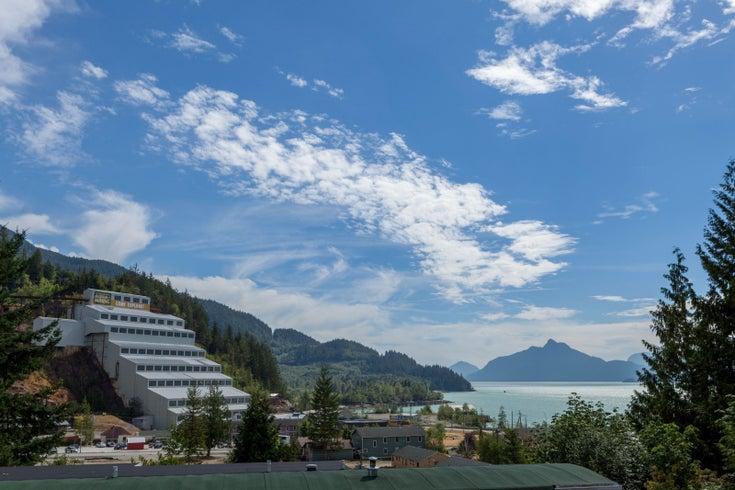 Britannia Beach Townhomes by Adera & Macdonald Development   --   60 Copper Drive - Squamish/Britannia Beach #1