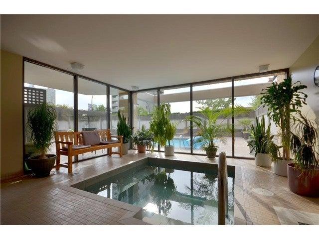 Hot tub spa area