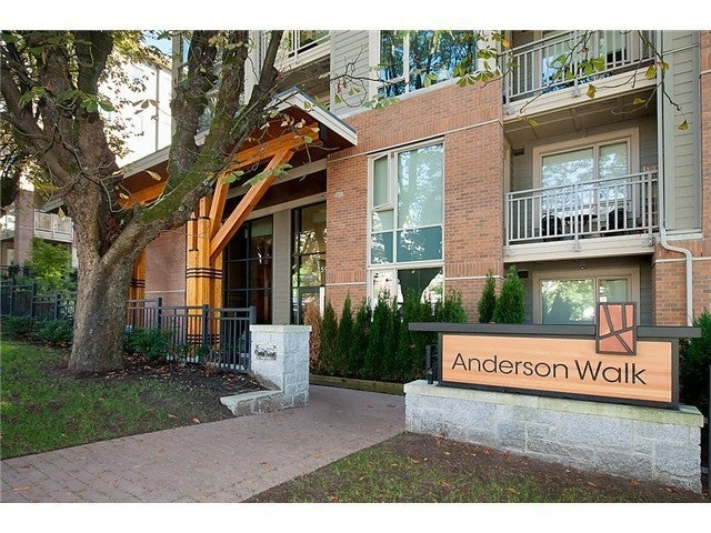 ANDERSON WALK   --   119 W 22 ST - North Vancouver/Central Lonsdale #1