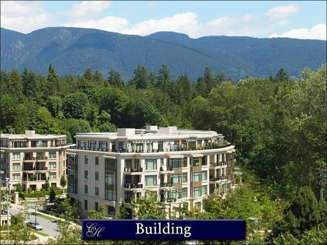 Water's Edge   --   540 WATERS EDGE CR - West Vancouver/Park Royal #1