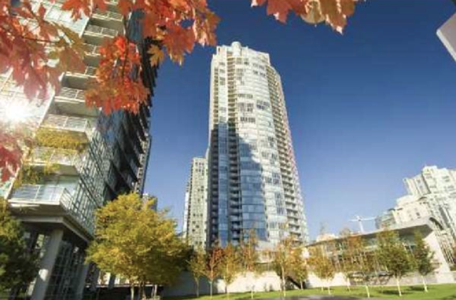 West One Condo, Vancouver for Sale