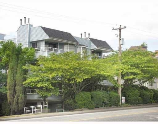 Harbour View Apartments   --   2615 LONSDALE AV - North Vancouver/Upper Lonsdale #1