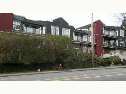 Somerset Green   --   2800 CHESTERFIELD AV - North Vancouver/Upper Lonsdale #1