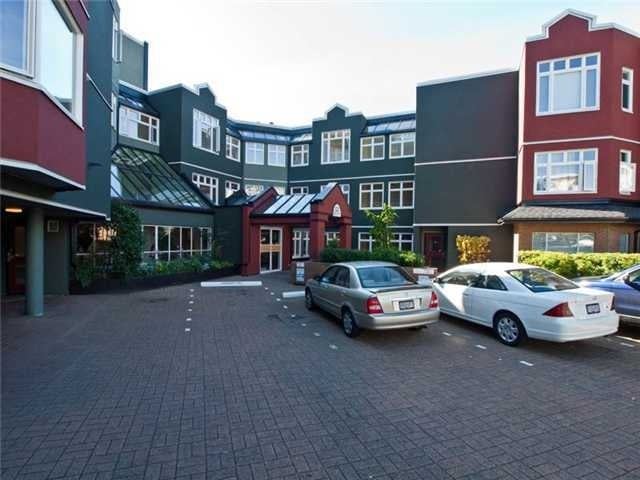 Somerset Green   --   121 W 29 ST - North Vancouver/Upper Lonsdale #1