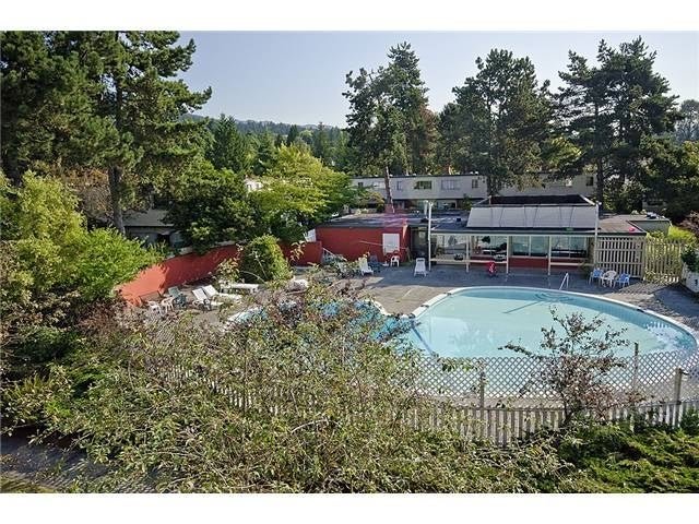 Cypress Gardens   --   830 WESTVIEW CR - North Vancouver/Upper Lonsdale #1