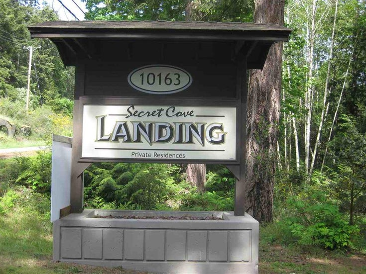 SECRET COVE LANDING (formerly Jolly Rogers)   --   10163 MERCER RD - Sunshine Coast/Halfmn Bay Secret Cv Redroofs #1