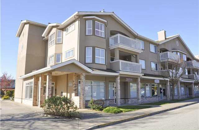 Mermaid Place in the heart of Downtown Sechelt at 5711 Mermaid Street   --   5711 Mermaid Street - Sunshine Coast/Sechelt District #1