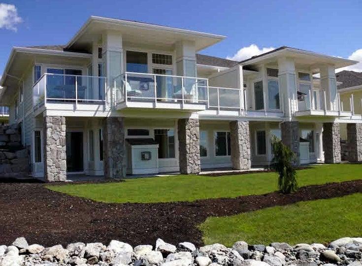 Seaview Villas Estate, Sechelt Townhouse Complex at 5520 McCourt Road   --   5520 MCCOURT ROAD - Sunshine Coast/Sechelt District #1
