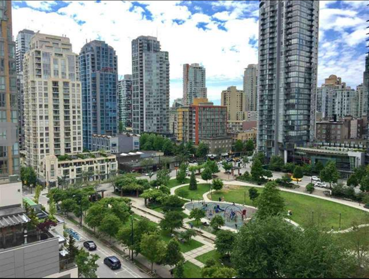 The Robinson   --   488 HELMCKEN ST - Vancouver West/Yaletown #1
