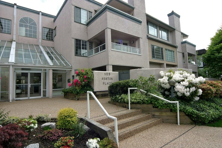 Ashton Place   --   125 18th Street W - North Vancouver/Central Lonsdale #1