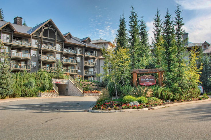 Coast Blackcomb Springs   --   4899 PAINTED CLIFF RD - Whistler/Benchlands #1