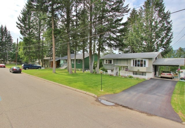 3rd Bench   --   Mayne Avenue - British Columbia/princeton_bc #1