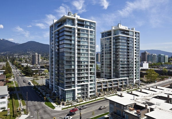 Vista Place 170 West 13th Street, North Vancouver - Presented by Oscar Barrera