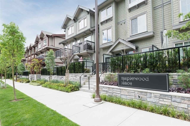 Maplewood - 433 Seymour River Place, North Van, BC - Presented by Oscar Barrera