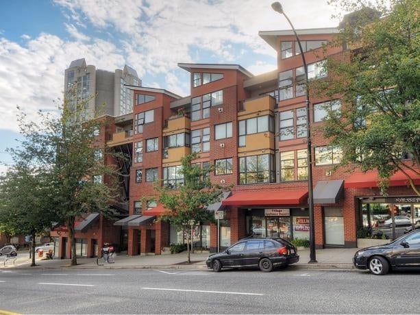 The Met  345 Lonsdale, North Vancouver BC - Presented by Oscar Barrera