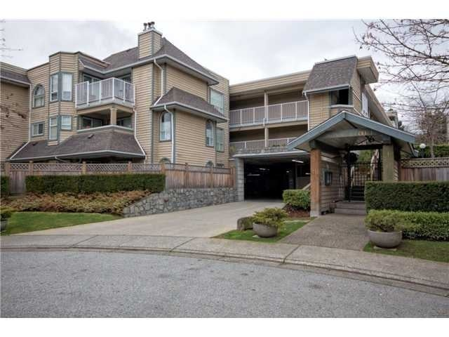 Bowron Court   --   1000 Bowron Court, North Vancouver - North Vancouver/Roche Point #1