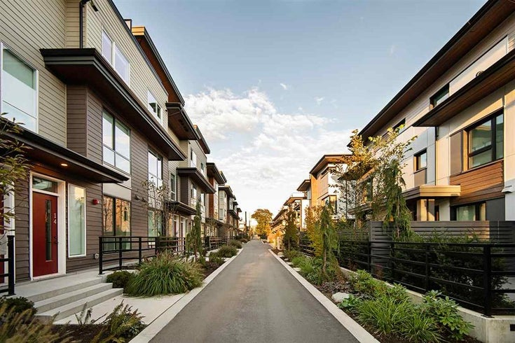 Founder Block by Anthem Properties - North Shore Pre-Sale