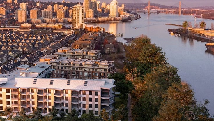 LIGHTHOUSE    --   300 Salter Street, New Westminster, BC - New Westminster/Queensborough #1