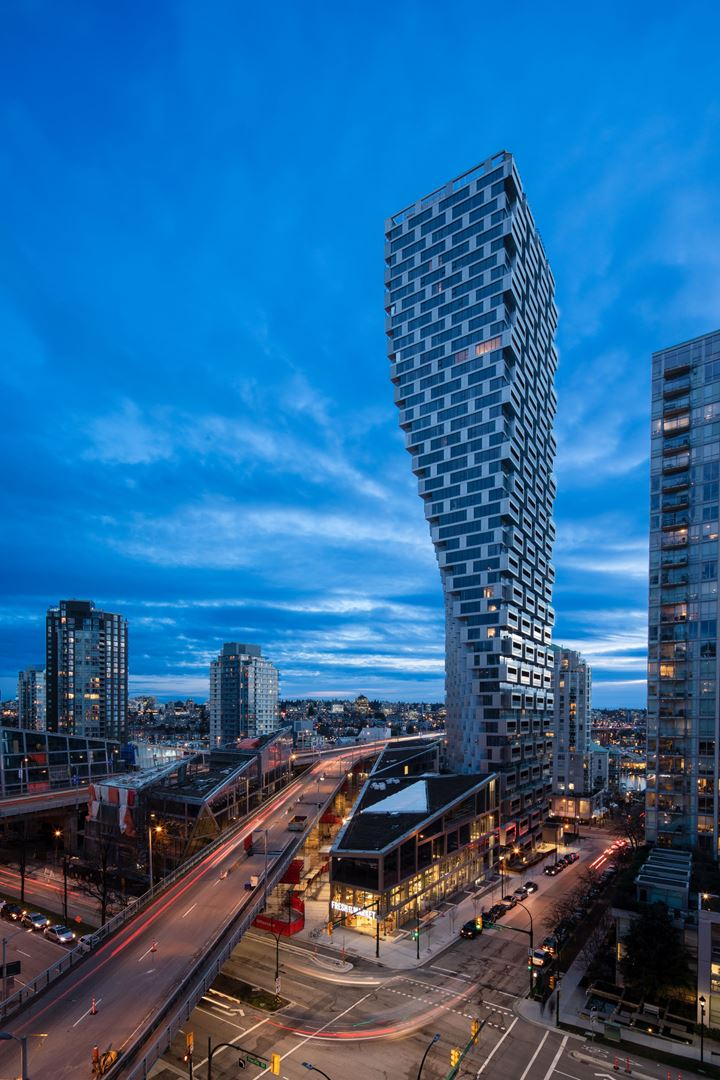 VANCOUVER HOUSE   --   1477 Continental Street, Vancouver, BC - Vancouver West/Downtown VW #1